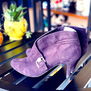 KATHY VAN ZEELAND Purple Suede Ankle Boots Booties